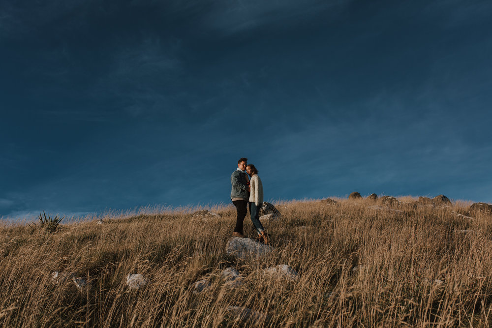 Nelson-Photographer-Adventure-Couple-Golden-Hour-Sunset-36.jpg
