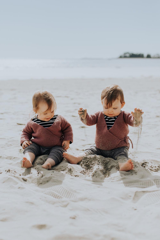 Nelson-Family-Photographer-We-Are-The-Watsons-Twins-Beach-Photoshoot-NewZealand-02.jpg