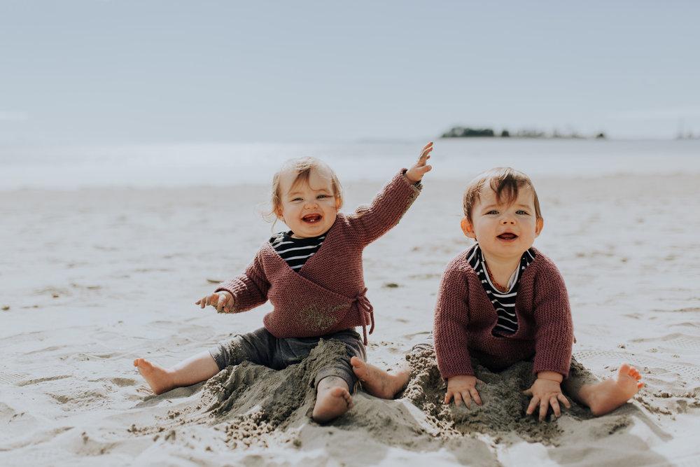 Nelson-Family-Photographer-We-Are-The-Watsons-Twins-Beach-Photoshoot-NewZealand-03.jpg