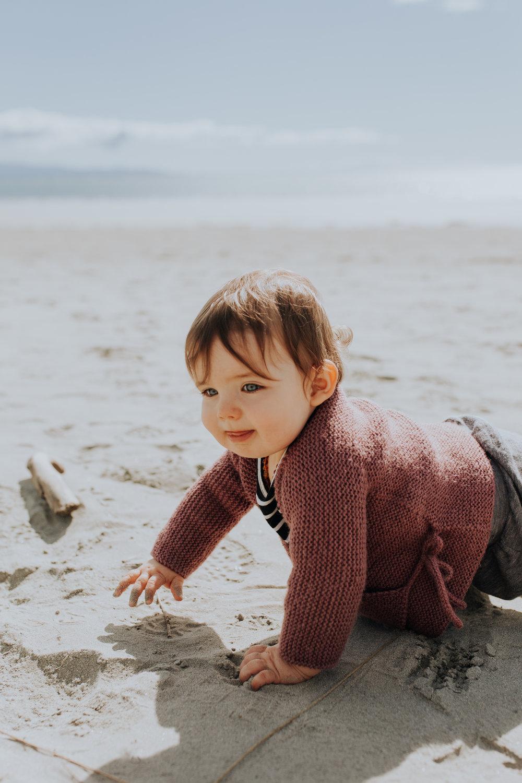 Nelson-Family-Photographer-We-Are-The-Watsons-Twins-Beach-Photoshoot-NewZealand-05.jpg