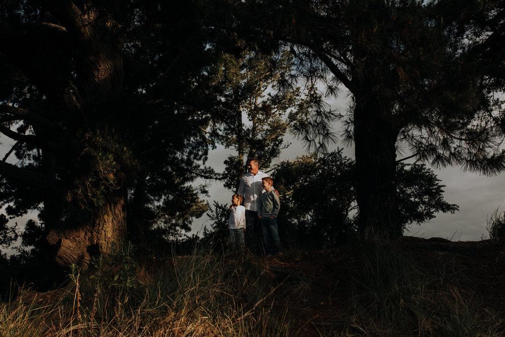 Nelson-Family-Photographer-Portrait-Tahunanui-Golden-Light-12.jpg