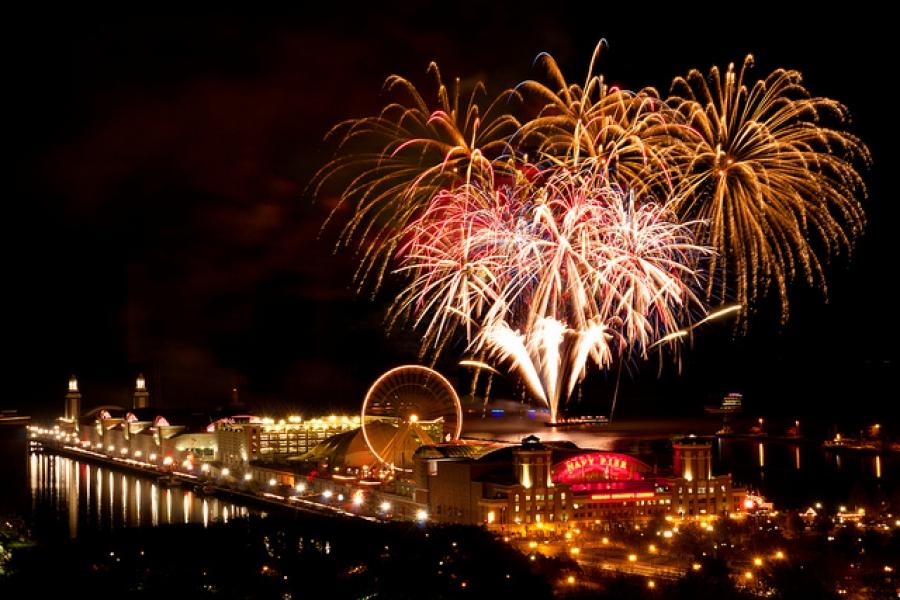 fireworksnavypier.jpg