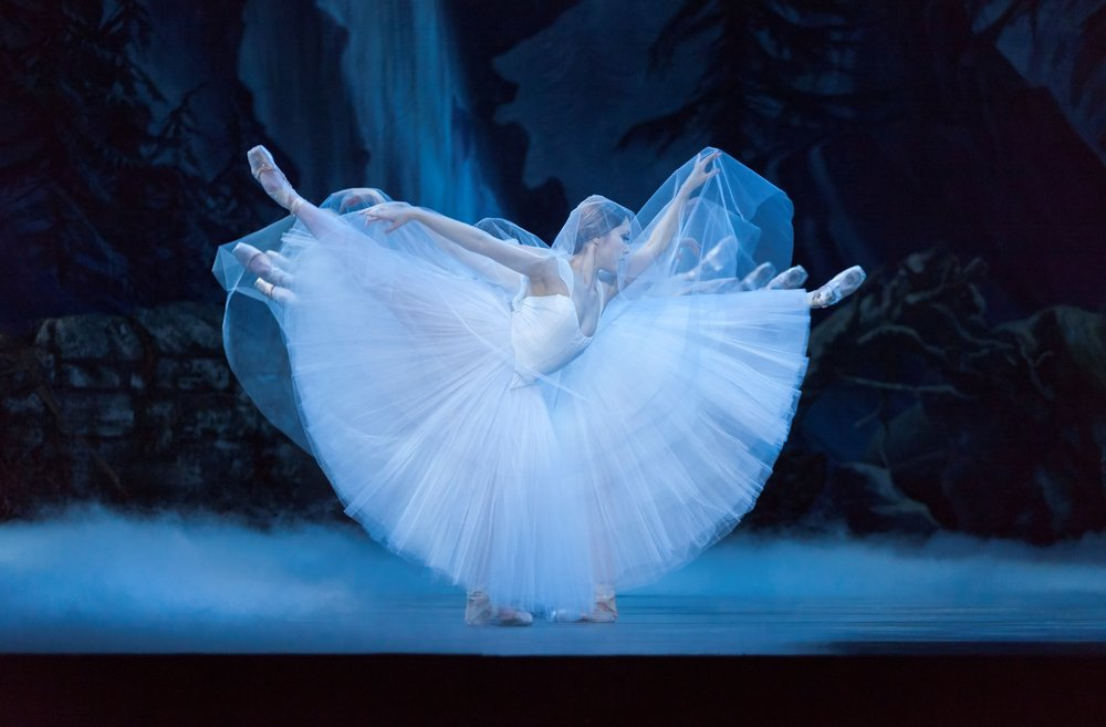 Oregon Ballet Theatre_Ansa Deguchi in Giselle  Photo by Blaine Truitt Covert.jpg