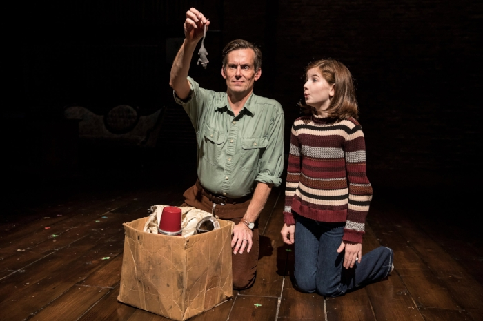 FUN HOME with Stella Rose Hoyt Victory Gardens Theater PHOTO|Liz Lauren