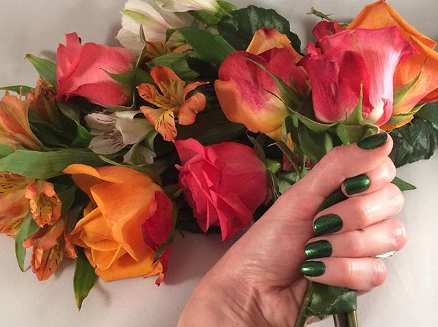 It's the countdown to Spring! 🌱 Get your nails looking fresh for the season with our lovely lacquer 💐 (Link in bio) #naillacquer #springrefresh #spiffy #greennails #5free #veganfriendly #veganbeauty #nontoxicbeauty #parabenfree #genderfluid #beautyforall #kcmo #kansascity #igkansascity #instakc #1898house