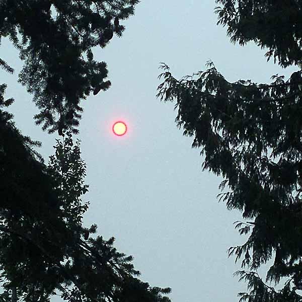 Glowing red sun