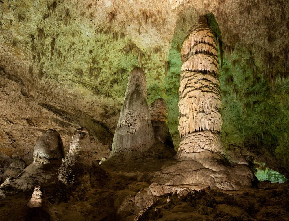 Carlsbad-Caverns-National-Park-ABP-Hall-of-Giants2.jpg