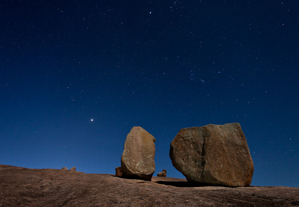Enchanted-Rock-ABP-Boulders-Stars.jpg