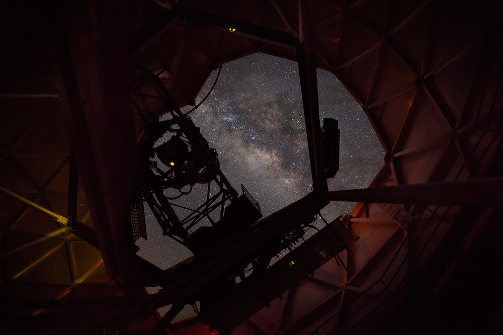 McDonald-Observatory-ABP-Hobby-Eberly_interior2.jpg