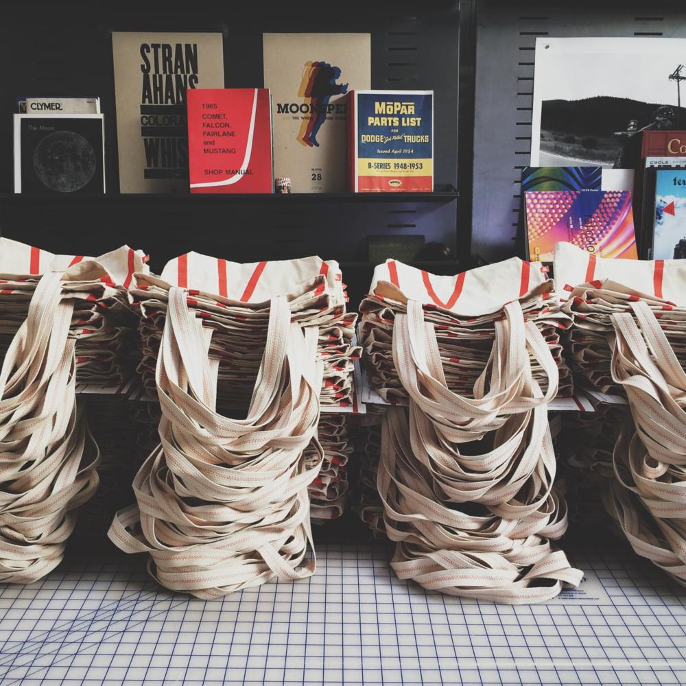 WeMake Tote Bags