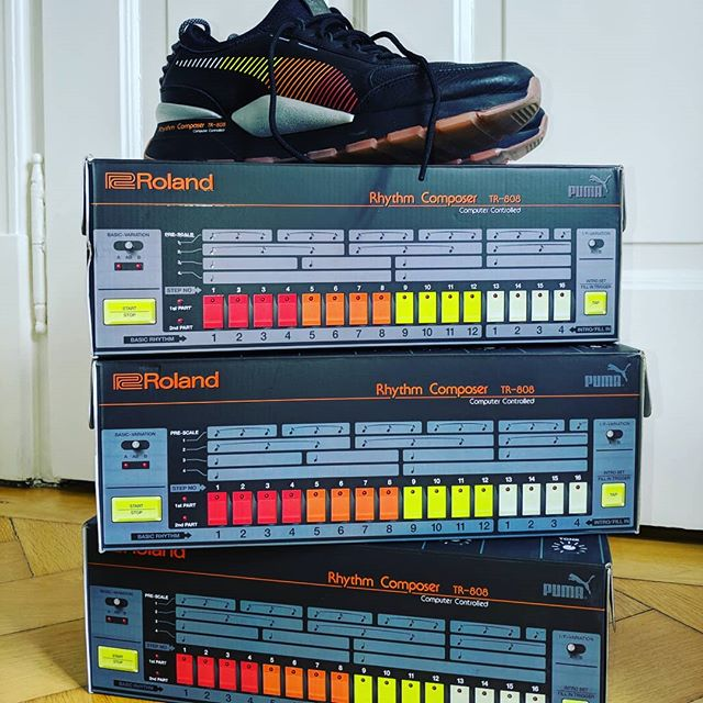 This is what's happens when you're obsessed with a shoe brand and an instrument manufacturer. #rolandxpuma #pumaxroland @puma @rolandgermany #ilovemyshoes