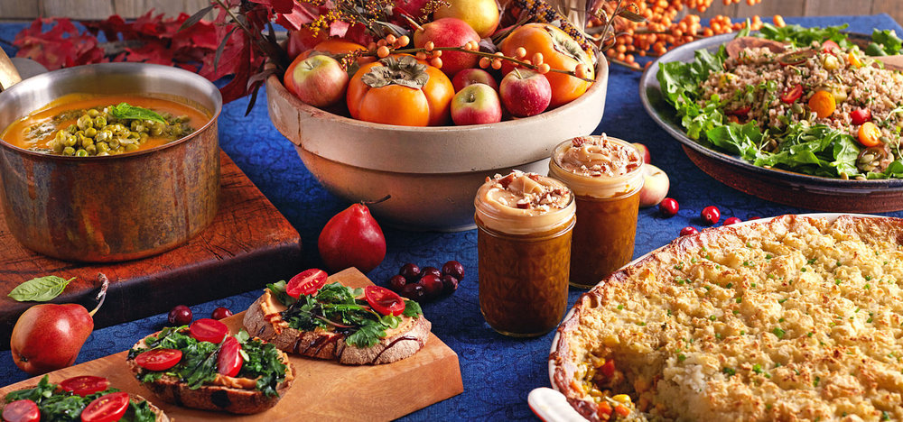 Thanksgiving_Table_Spread-WP.jpg