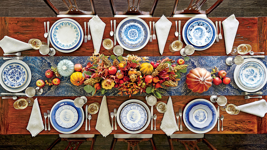 thanksgiving table2.jpg