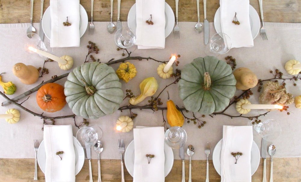 thanksgiving-table-decor-jenny-steffens.jpeg