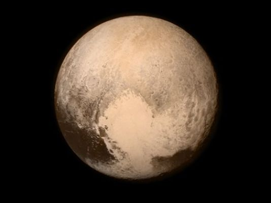 Pluto-2015.jpg