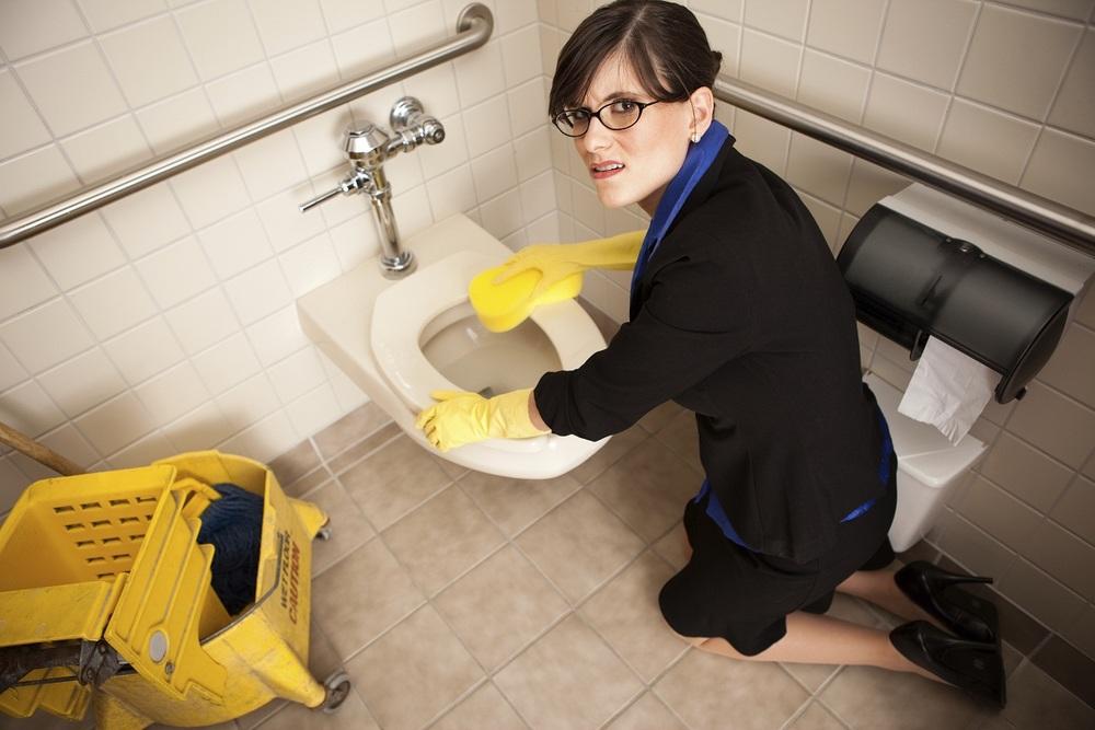 Woman-Toilet2.jpg