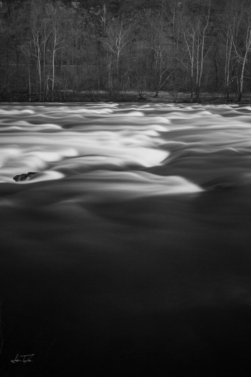 River waves west virginia
