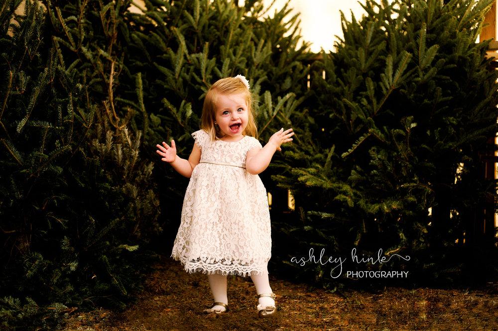 Carrie-ChristmasTree_12.2016-6.jpg