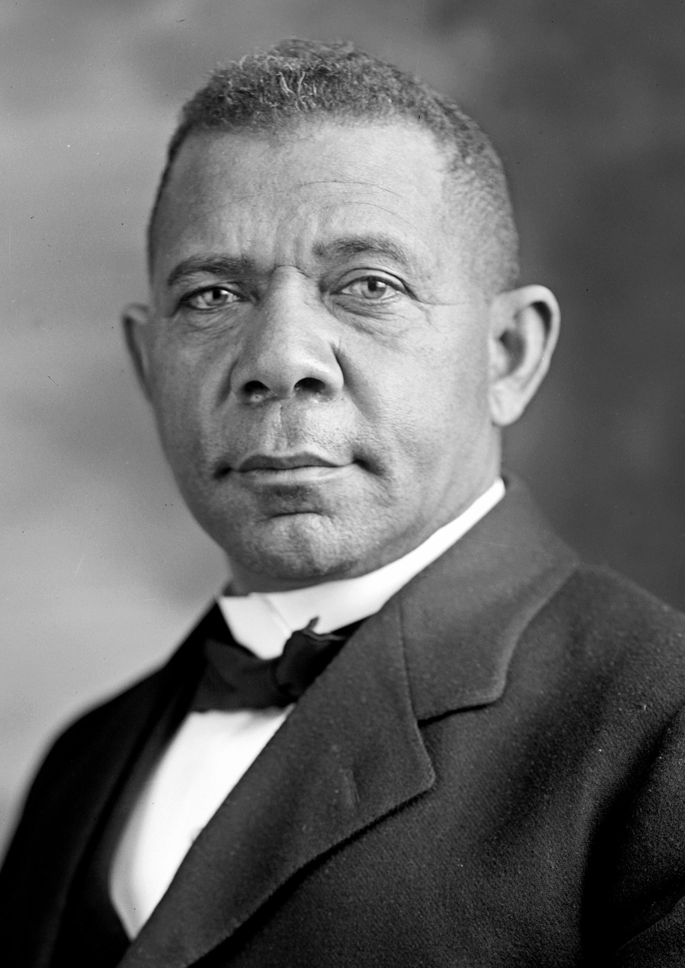 w e b dubois essay best ideas about web dubois african american of  w e b du bois marcus garvey and the resurgency of the radical booker t washington