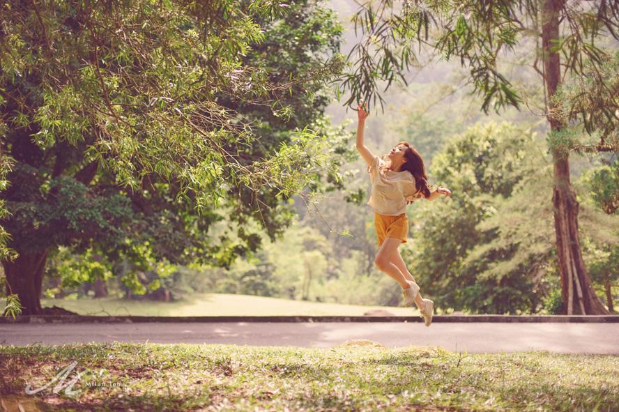 levitating-photo