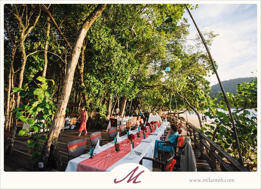 wedding-reception-by-the-beach