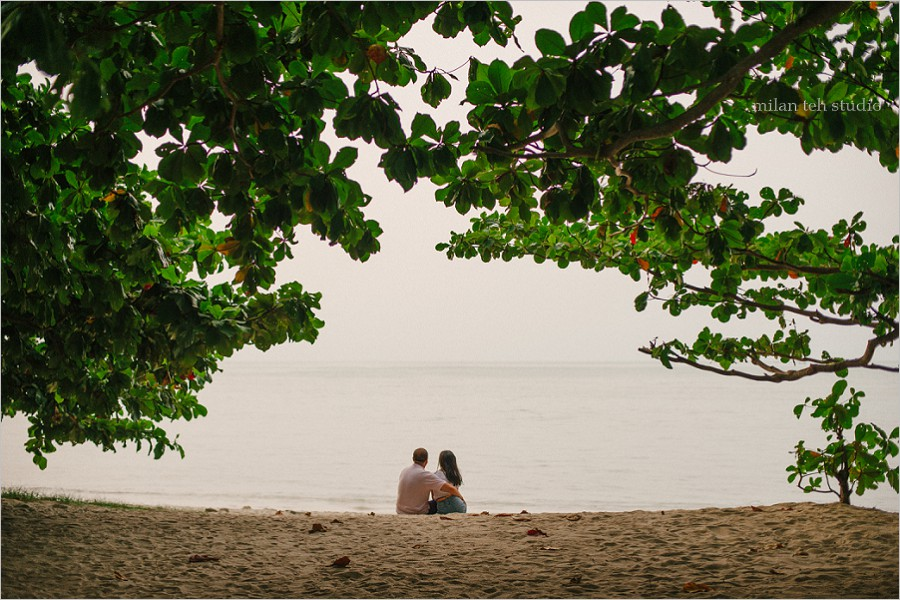 batu ferringghi-beach-couple-photo