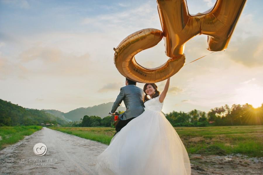 prewedding photography with sunset at balik pulau penang