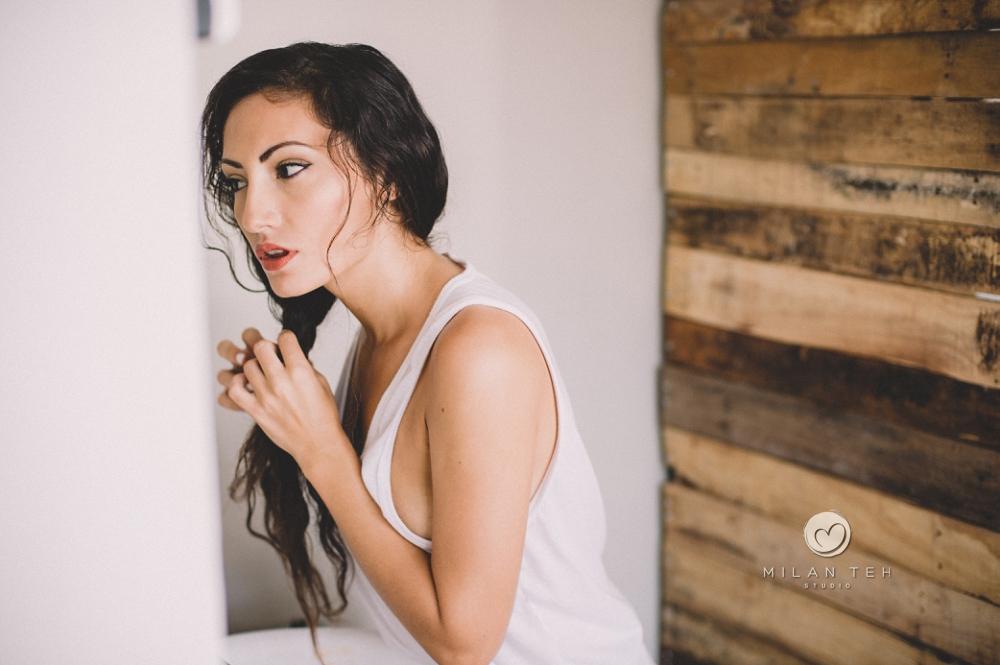 sensual lady white singlet boudoir photo in penang