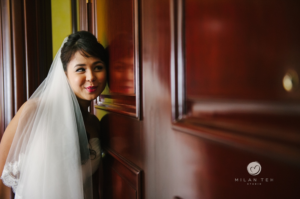 funny bride at e&o hotel on her wedding day