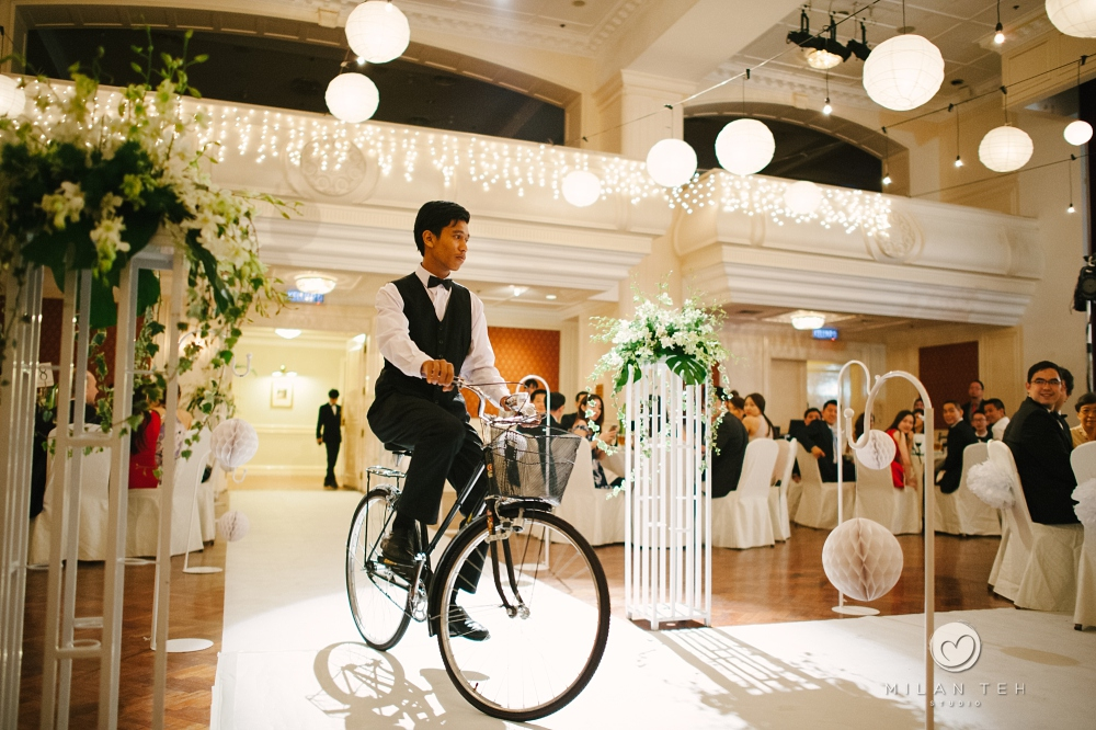 e&o hotel penang bicycle food presentation