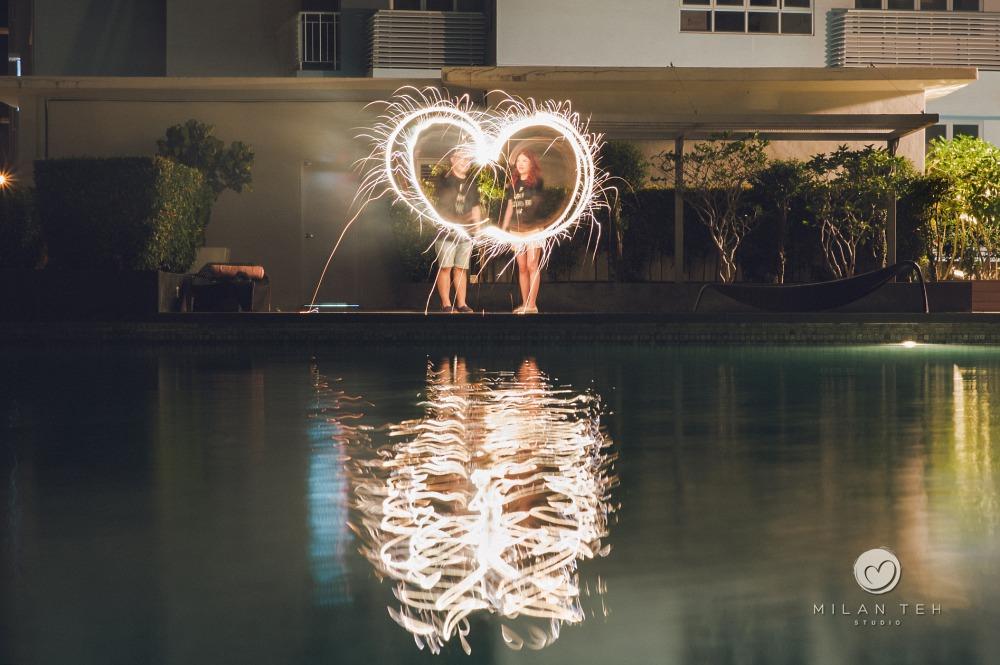 artistic light trail couple photo penang