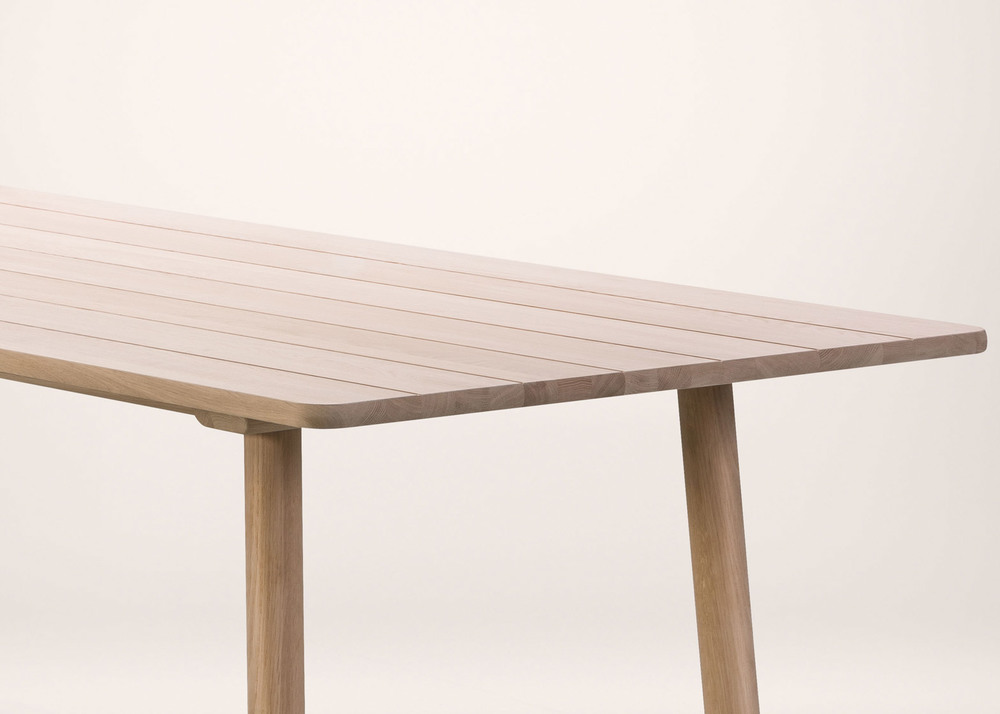fredericia-jasper-morrison-promotion-stockholm-furniture-fair_dezeen_1568_9.jpg