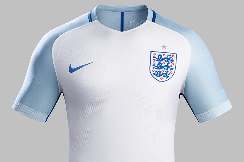 NIKE-soccer-2016-football-kits-revealed-england-brazil-france-USA-designboom-02.jpg