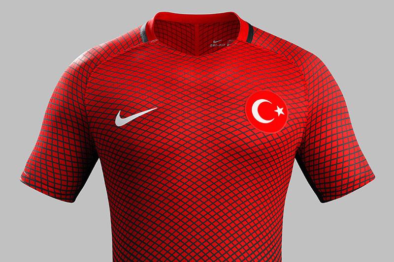 NIKE-soccer-2016-football-kits-revealed-england-brazil-france-USA-designboom-13.jpg