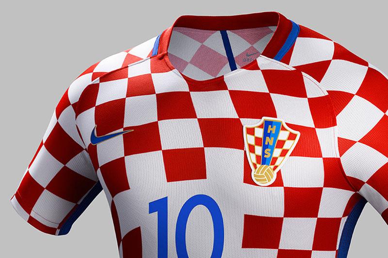 NIKE-soccer-2016-football-kits-revealed-england-brazil-france-USA-designboom-14.jpg