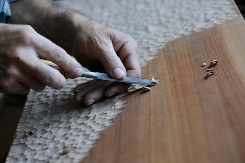 zanat-touch-benches-bosnia-maison-et-objet-paris-designboom-006.jpg