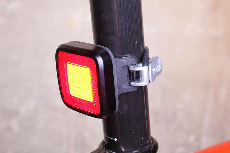 Knog Blinder MOB rear light.jpg