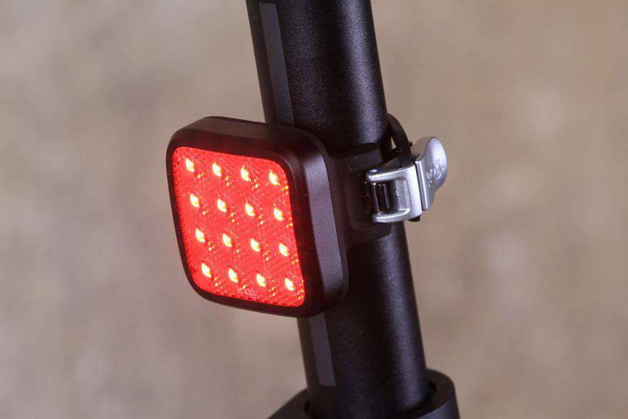 knog-blinder-mob-kid-grid-rear-light.jpg