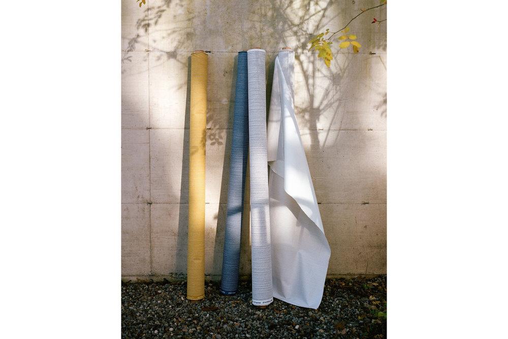 bouroullec-artek-rivi-textiles-maison-objet-designboom-06-818x1043.jpg