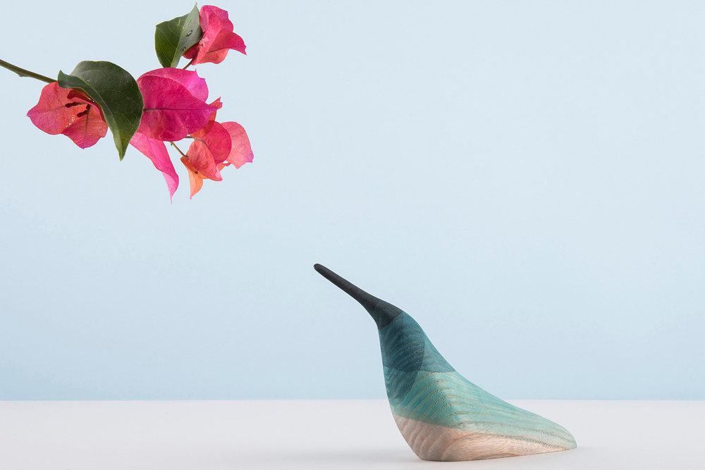 immersed-birds-moises-hernandez-design-products_dezeen_hero.jpg