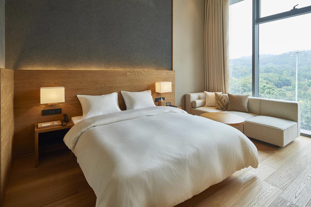 muji-hotel-shenzhen-interior_dezeen_2364_col_2.jpg