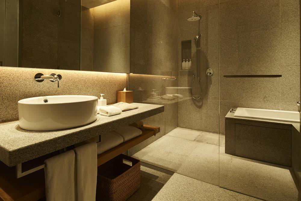 muji-hotel-shenzhen-interior_dezeen_2364_col_5.jpg