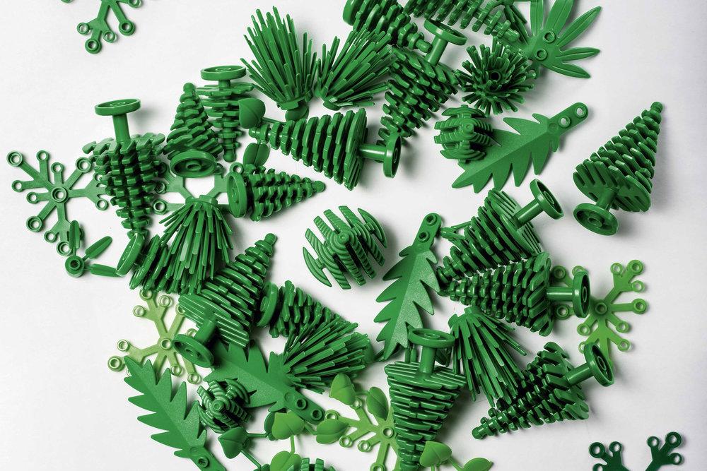 sustainable-lego-bricks-sugar-cane_dezeen_2364_col_0.jpg