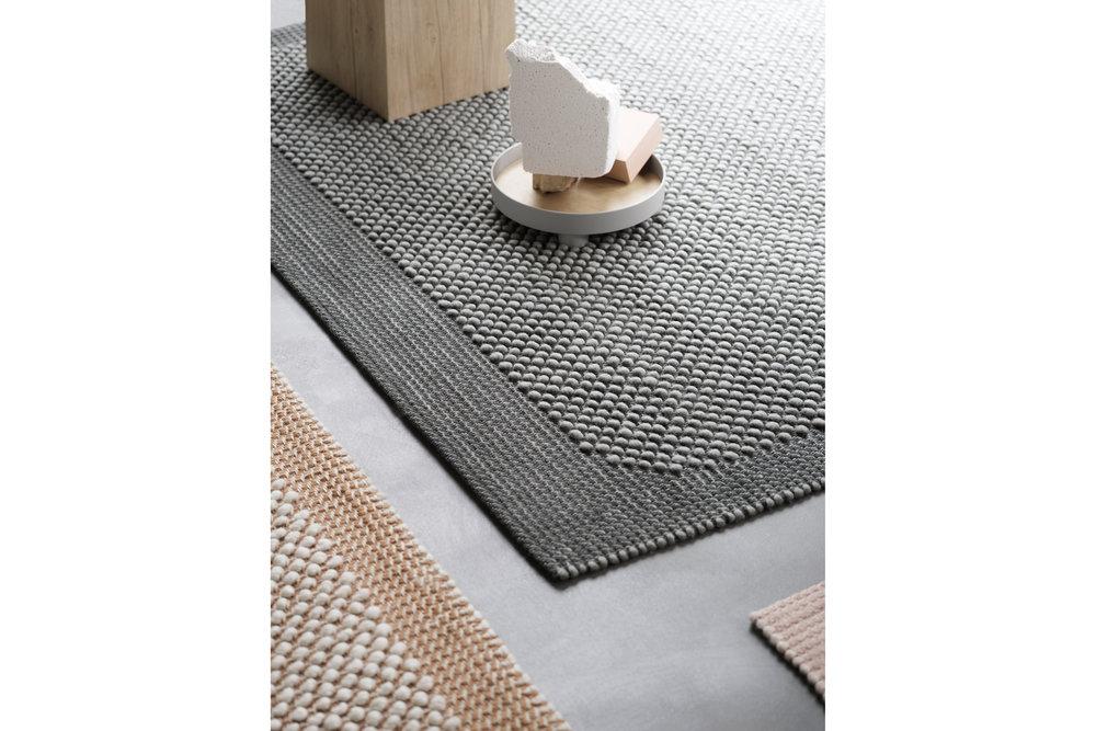 Muuto-Pebble-rugs_dezeen_2364_col_4.jpg