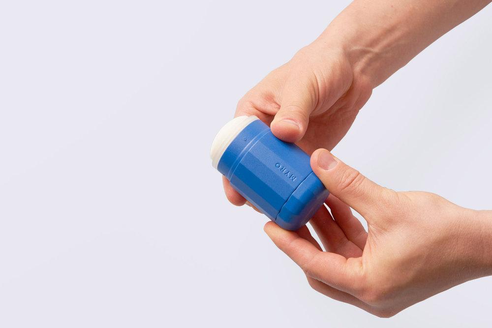 myro-deodorant-design_dezeen_2364_col_14.jpg