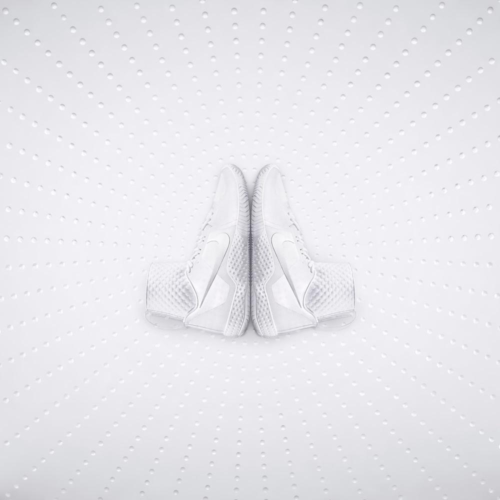 web_Nike_Tennis_Serena_Side.jpg