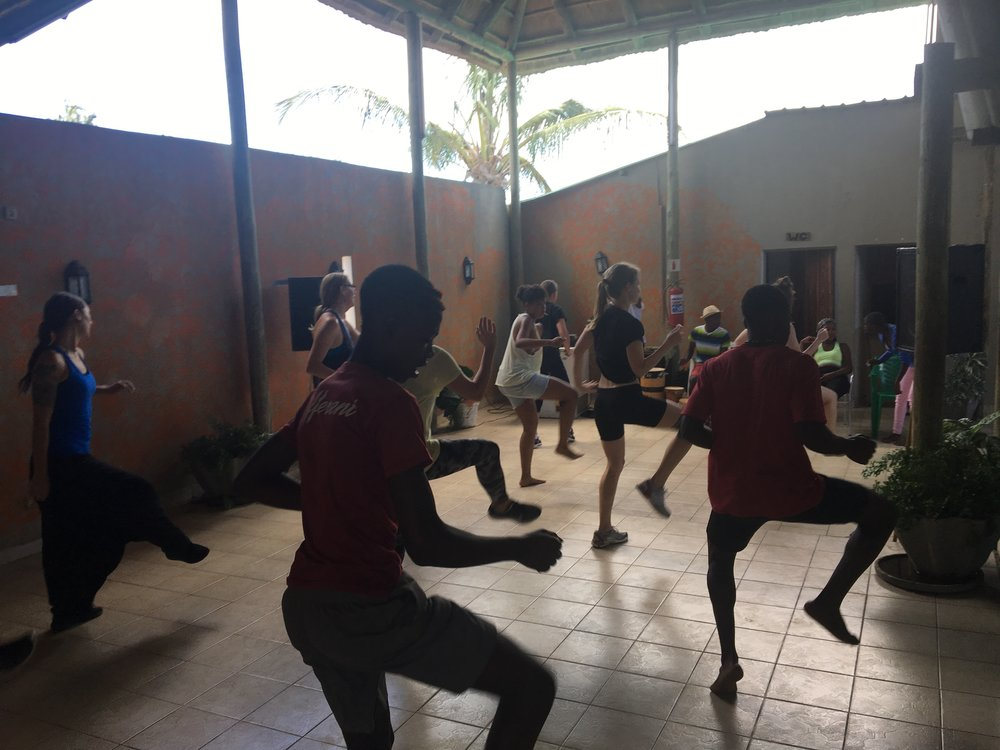 DANCE COURSE - Includes: - 10 classes Afro-House- 10 classes MozambicanTraditional Dance with live music!  Extra feature:- 2 classes Lindy Hop- 1 class MarrabentaBonus: - Theme evening events/partiesA total of 34 hours of dance classes!Price: 5500sek