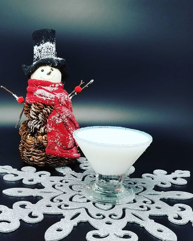 Stop in this weekend (or any other this season) for a Snowflake Martini.  2.5 oz Kanpeki Vodka 5 drops chocolate bitters .25 oz Vanilla syrup 1.5 oz 1/2 & 1/2 Shake and rim glass with sugar sprinkles.  #kanpeki #kanpekivodka #drinklocal #drinks #drinkporn #craftcocktail #drinklocalnj #vodka #drinkcraftnotcrap #milkstreetdistillery #martini @zcocktail @cocktail.inspirations @aboutdrinksandbars @myfavoritecocktail