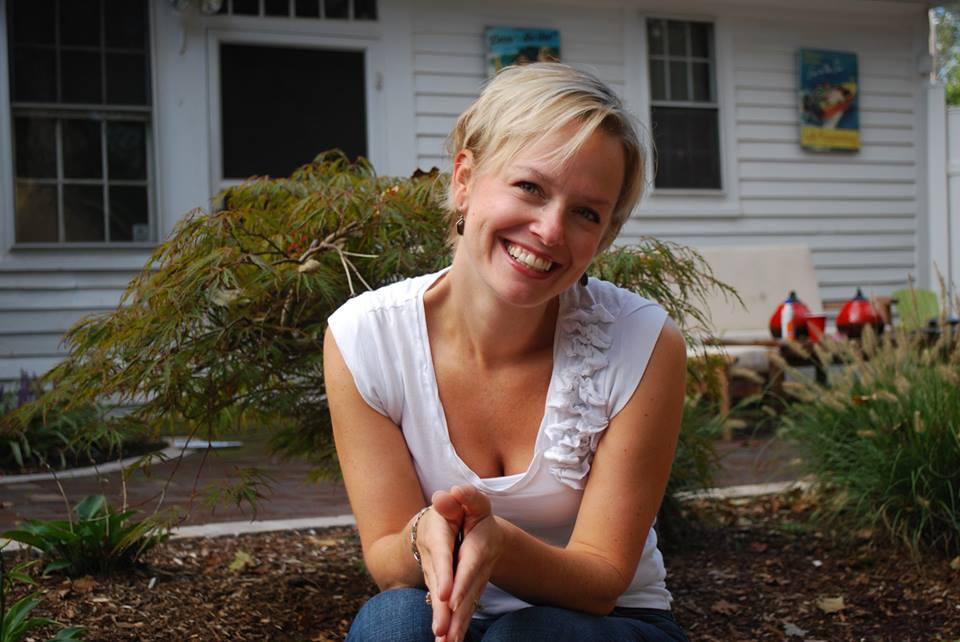 Voices of Women - with host Kris Steinnes