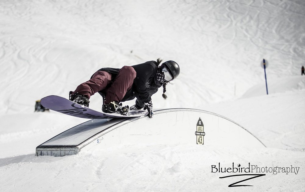 Jessica Edmondson laying out a steezy hand drag — Meribel. Pic: Craig Robinson